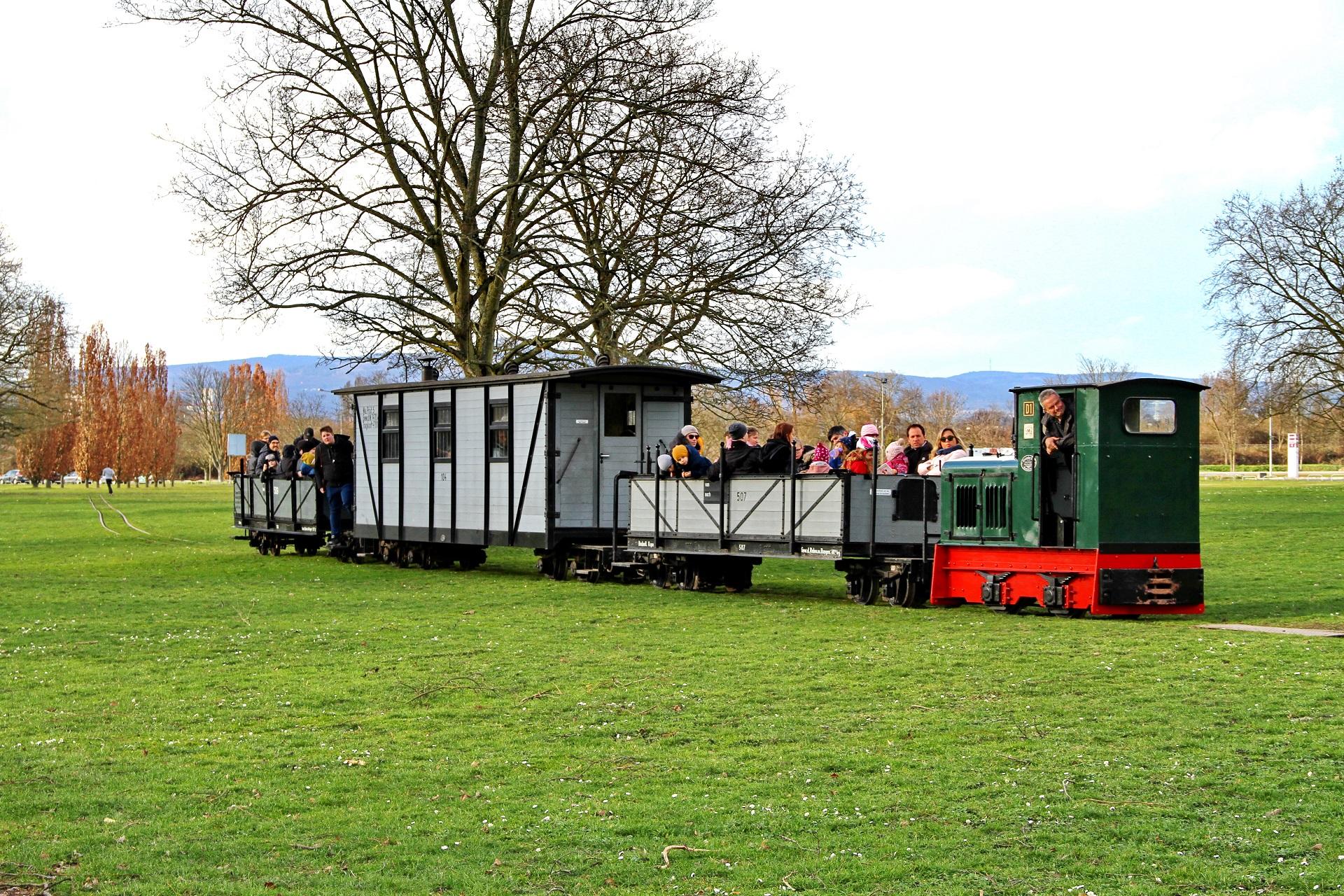Ihr Arbeitsleben verbrachte Lok D1 auf Baustellen, seit 1976 gehört sie zum Frankfurter Feldbahnmuseum